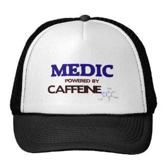 Médico accionado por el cafeína gorro