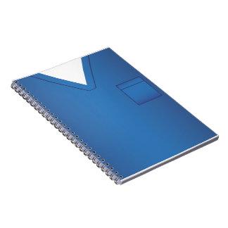 Médico azul friega el cuaderno uniforme