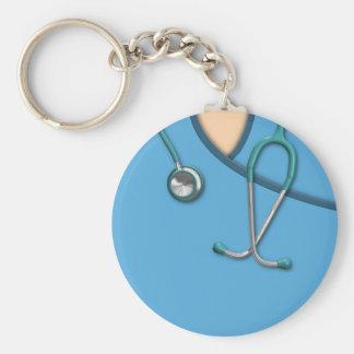 Médico azul friega llavero redondo tipo pin