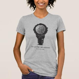 Médico del cambio del paradigma t-shirts