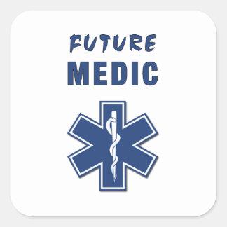 Médico del futuro del paramédico colcomanias cuadradass