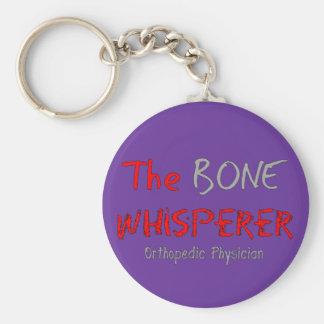 """Médico ortopédico """"el Whisperer del hueso """" Llavero Redondo Tipo Pin"""