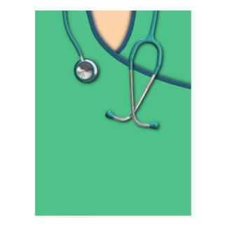 Médico verde friega postal