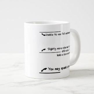 Medidas llanas del cafeína tazas extra grande