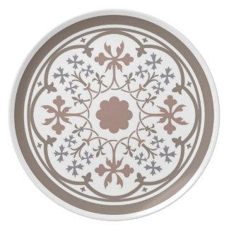 Medieval floral design: Retro flowers & leaves Dinner Plate