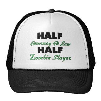 Medio abogado en el medio asesino del zombi de la gorras de camionero