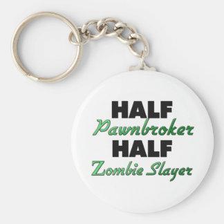 Medio asesino del zombi del medio prestamista llaveros personalizados