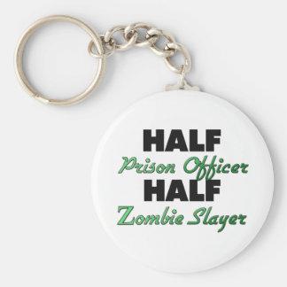 Medio asesino del zombi del oficial de prisión llaveros