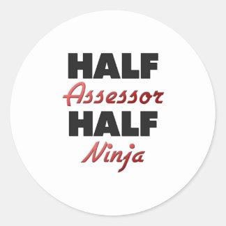 Medio asesor medio Ninja Pegatina Redonda