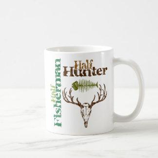Medio cazador. Medio pescador Taza De Café
