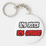 Medio doctor… a medias super héroe llaveros personalizados