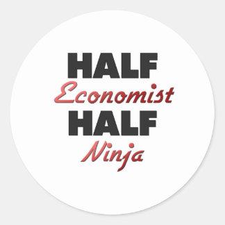 Medio economista medio Ninja Etiquetas Redondas