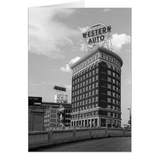 Medio edificio auto occidental del cilindro tarjeta de felicitación