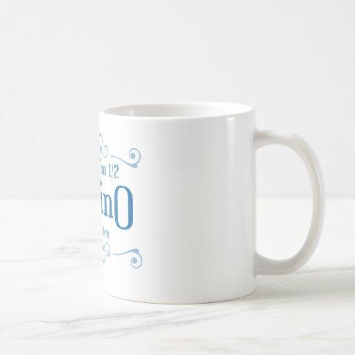 Medio filipino taza de café