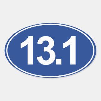 Medio maratón 13,1 millas de pegatina oval (azul)
