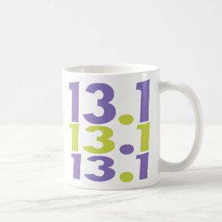 medio maratón 13,1 taza básica blanca