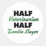 Medio medio asesino veterinario del zombi pegatinas