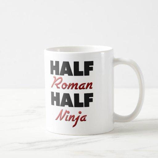 Medio medio Ninja romano Taza Básica Blanca