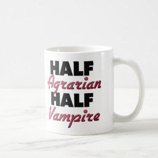 Medio medio vampiro agrario taza básica blanca