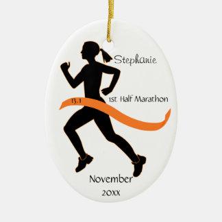 Medio ornamento del corredor de maratón de la muje ornamento de reyes magos
