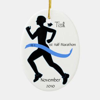 Medio ornamento del corredor de maratón de la muje ornamentos de navidad