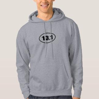 Medio óvalo 13,1 del corredor del maratón suéter con capucha