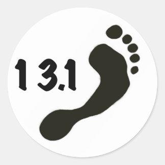 Medio pegatina descalzo del maratón