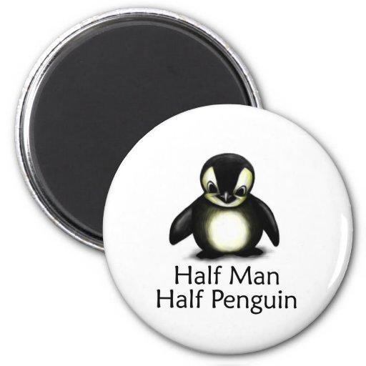Medio pingüino del medio hombre imán redondo 5 cm