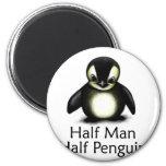 Medio pingüino del medio hombre imanes de nevera