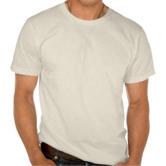 Medio pingüino del medio programador con actitud camiseta