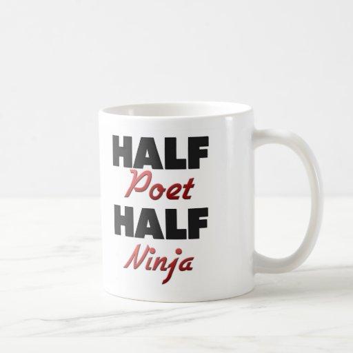 Medio poeta medio Ninja Taza Básica Blanca
