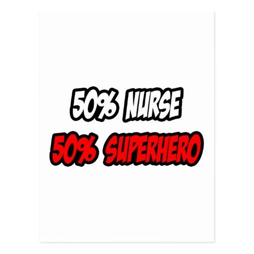 Medio super héroe de la enfermera… a medias postales