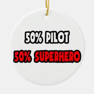 Medio super héroe del piloto… a medias ornato