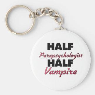 Medio vampiro del medio Parapsychologist Llaveros