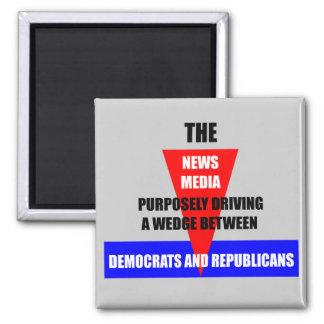 medios de noticias imán cuadrado