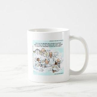 Medios sociales divinos divertidos taza de café