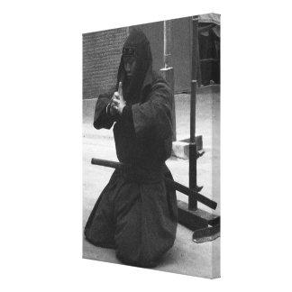 Meditación de Iga Ninja Lona Estirada Galerias