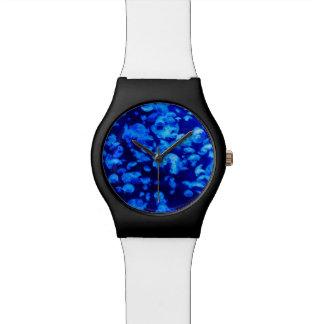 Medusas azules reloj de mano