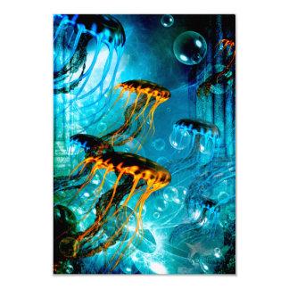 """Medusas impresionantes en un mundo subacuático de invitación 3.5"""" x 5"""""""