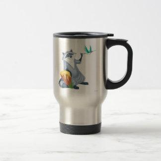 Meeko y revoloteo tazas de café