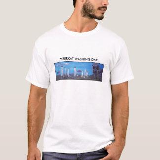 MEERKAT WASHING DAY T-Shirt