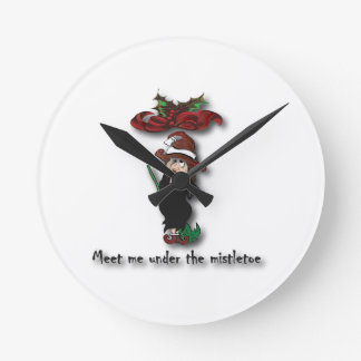 Meet me under the mistletoe2 round clock