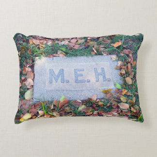 Meh Gravestone Morbid Humor Cemetery Geek Funny Decorative Pillow