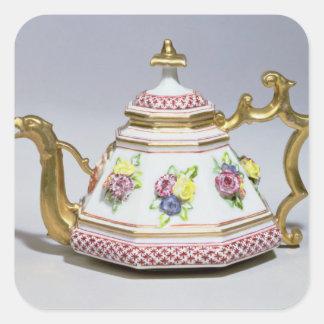 Meissen octagonal teapot, c.1718 square sticker