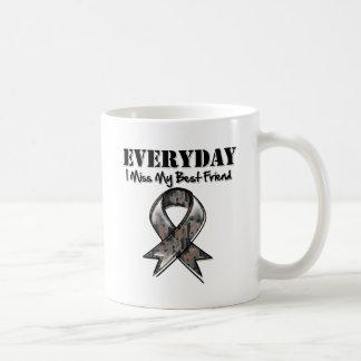 Mejor amigo - Srta. diaria My Hero Military de I Taza Básica Blanca