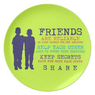 Mejores amigos de la amistad de los amigos plato de comida