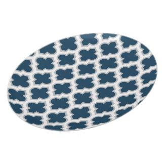 Melamina marroquí de los azules marinos y del gris platos
