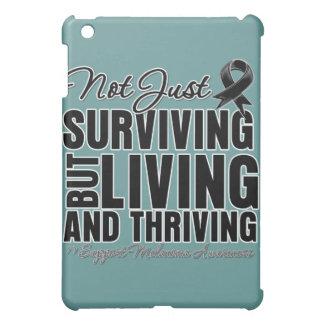 Melanoma no apenas que sobrevive pero que vive