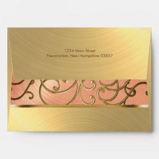 Melocotón elegante y oro afiligranados sobres
