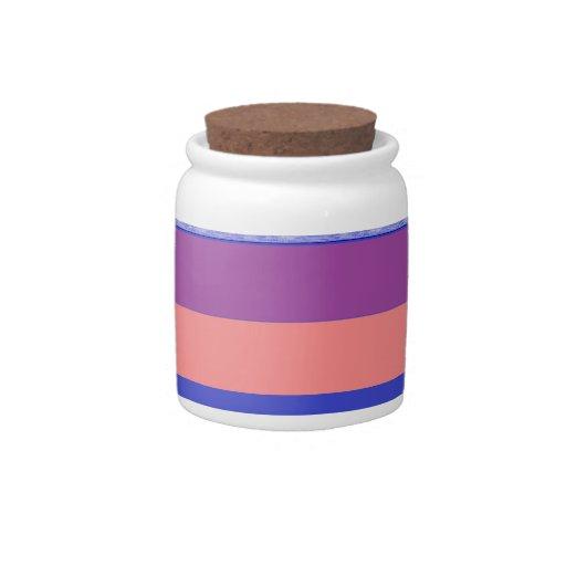 melocotón y azul púrpuras contra rayas azules más  jarra para caramelo